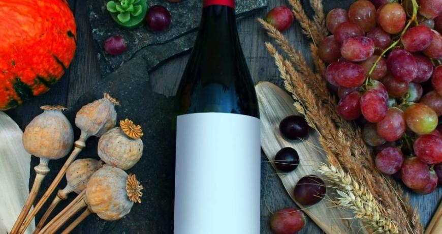 custom-branded-personalised-wine-bottles-and-labels